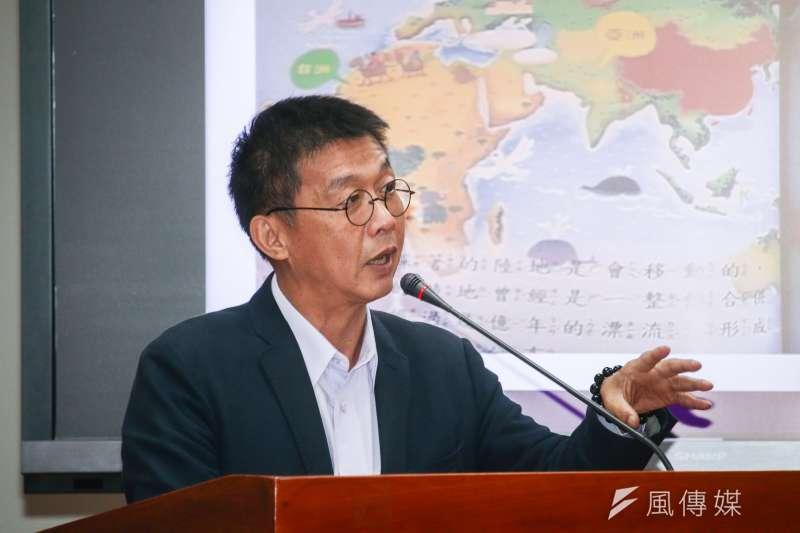 20190506-立委許智傑6日出席立院文化教育委員會。(蔡親傑攝)