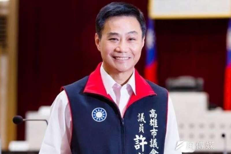 高雄市議員因市政總質詢遭網路恐嚇,議長許崑源以同是被害人經驗,呼籲網友不要製造台灣社會的對立。(圖/徐炳文攝)
