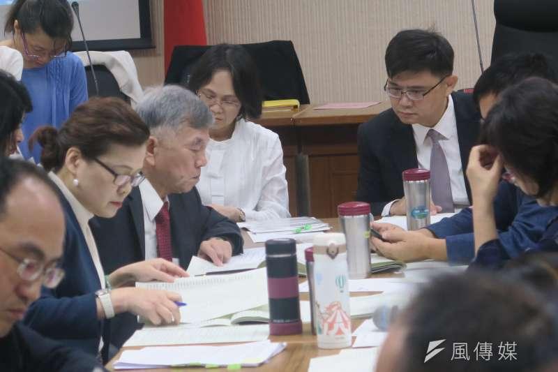 立法院經濟委員會6日審查《工廠管理輔導法》部分條文修正草案。(圖/葉滕騏攝)