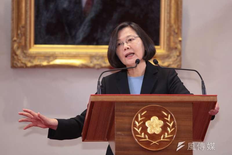 總統蔡英文今(10)日召開國安高層會議後說,近來有很多政黨人士和地方首長主張成立自經區,這可以說是一種變相的「中國製造」,讓台灣幾乎倒退回數十年前的加工出口特區。(顏麟宇攝)