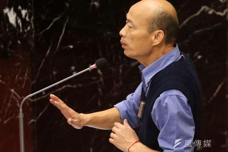 韓國瑜說,為方便議員臉書剪接,答詢每一句都加碼「高雄發大財!」。(圖/徐炳文攝)