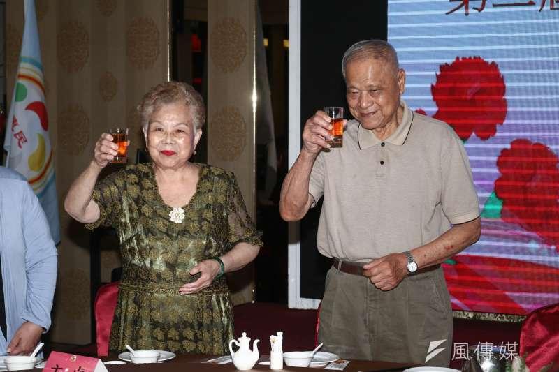 20190515-台北市長柯文哲父母15日出席惠民黨黨員代表大會。(蔡親傑攝)