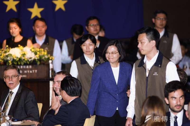 20190515-總統蔡英文15日出席「2019歐洲日晚宴」。(簡必丞攝)
