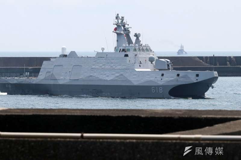 海軍目前唯一一艘沱江艦航行畫面。(蘇仲泓攝)