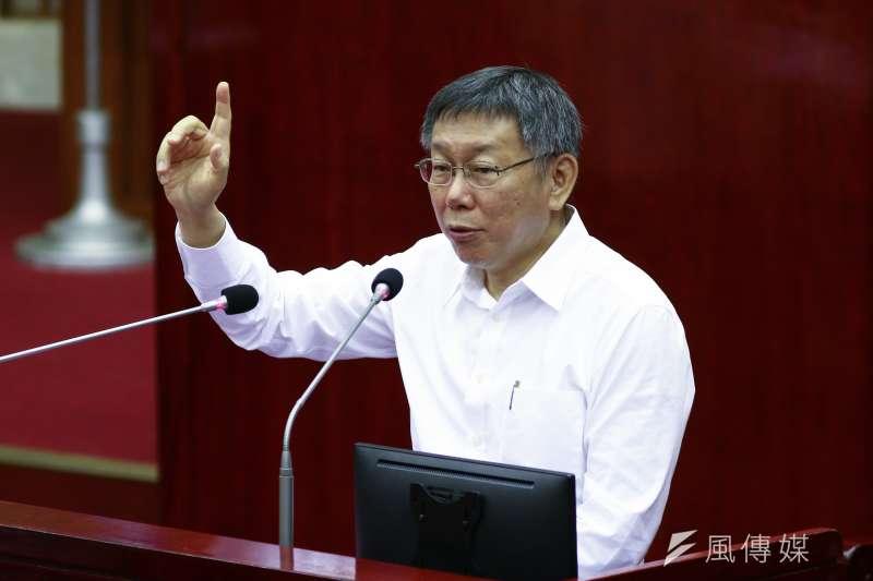 台北市長柯文哲(見圖)19日在臉書發文,稱讚台北市議員重視理性且有邏輯的問政,越來越受到網友的重視。(資料照,蔡親傑攝)