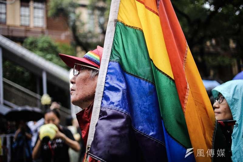 同婚專法三讀,同性婚姻合法化,知名同運人士祁家威表示,希望未來其他國家、人口更多的國家如中國與印度也能接著合法化,屆時便能真正說是「普天同慶」。(陳品佑攝)