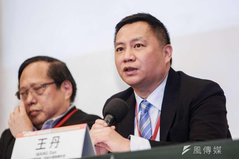 王丹認為雖然都是帶職參選,但蔡英文跟韓國瑜的狀況不一樣。(資料照,簡必丞攝)