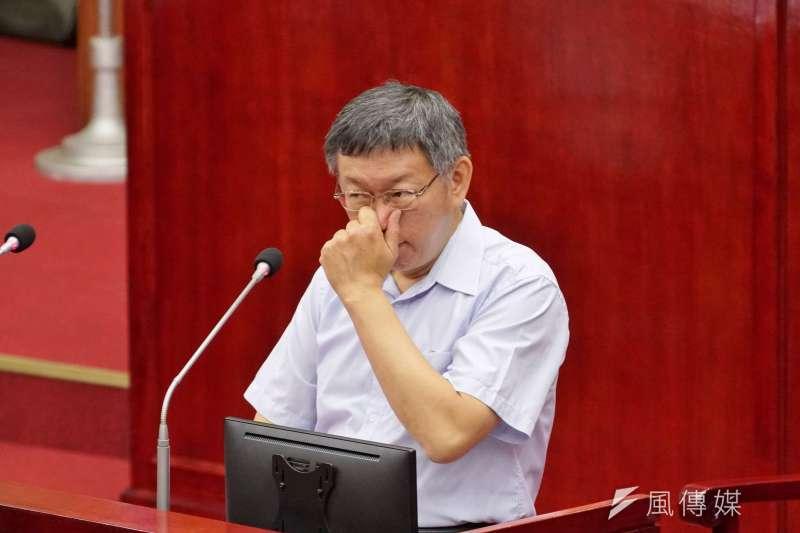 藍綠總統提名初選搞不定,台北市長柯文哲機會來了。(盧逸峰攝)