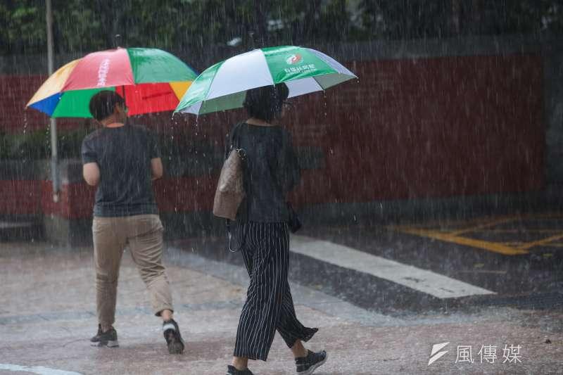 20190520-台北市20日一早出現豪大雨。(顏麟宇攝)