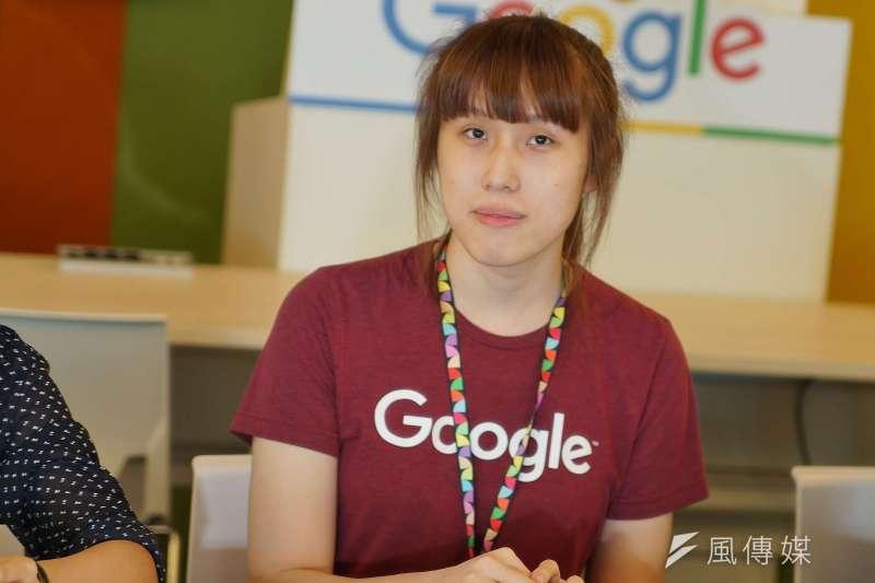 過去求學、求職階段都遇過不同眼光的Jasmine笑說,她來到Google最特別的事,就是不需要刻意改變自己的聲音。(盧逸峰攝)