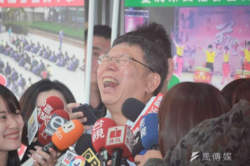 台北市柯文哲21日上午參加台北市電器商業同業公會活動。(方炳超攝)