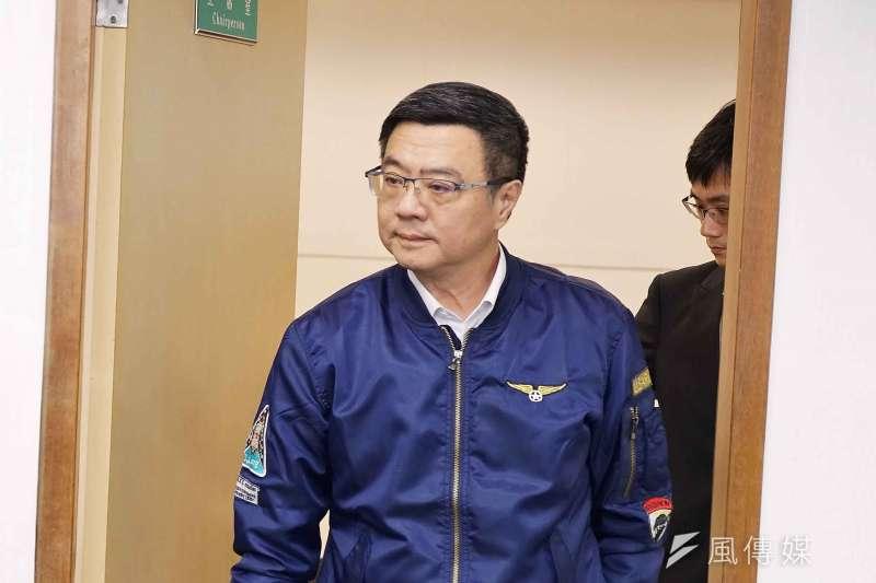民進黨黨主席卓榮泰22日主持中執會,中途散會,遭蔡英文陣營痛批「沒收」中執會。(盧逸峰攝)