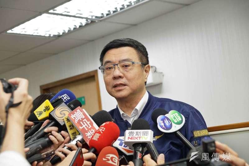 民進黨主席卓榮泰24日以最速件方式發出通知,訂下周三(29日)再召開中執會,討論總統初選選務日程事宜。(資料照,盧逸峰攝)
