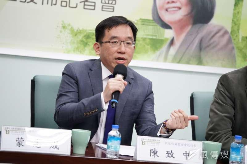 高雄市議員陳致中(見圖)認為,高雄市長韓國瑜對罷韓的反應是在提油救火。(資料照,盧逸峰攝)