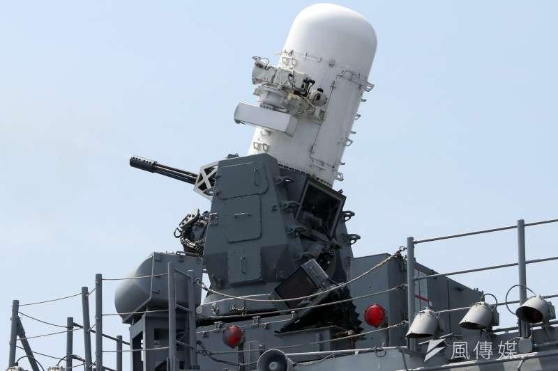 20190522-海軍22日進行東部海域戰備任務操演,採支隊編組方式實施。圖為方陣快砲。(蘇仲泓攝)