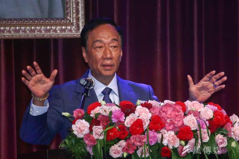 郭台銘近日下鄉走訪基層,讓他開始擔憂台灣少子化問題。(資料照/蔡親傑攝)