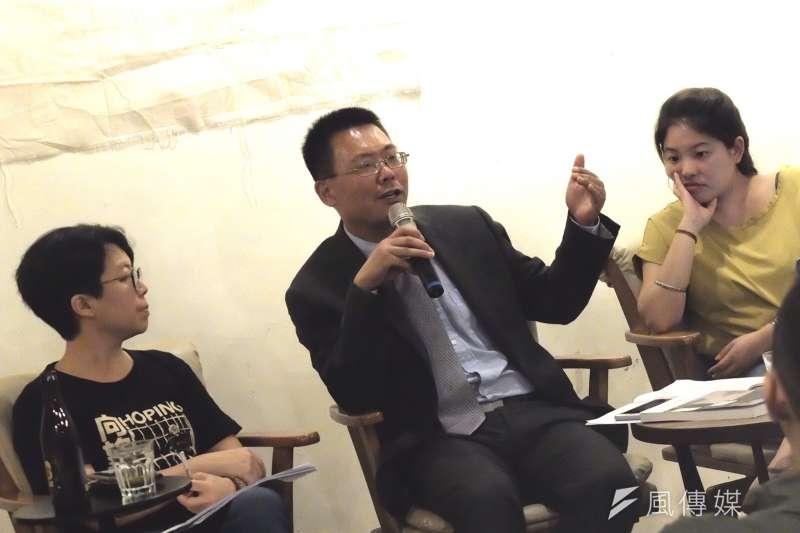 20190525-六四事件將屆滿30周年,中國律師滕彪25日於台灣進行演講。(謝孟穎攝)