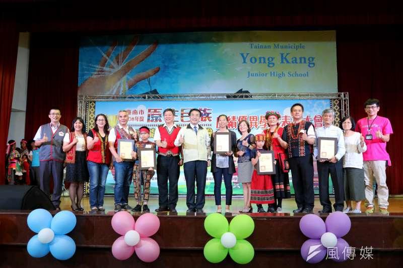 台南市原住民學生參加原住民族委員會舉辦之「107年度原住民族語言能力認證測驗」,各級別合計通過率達60.74%。(圖/徐炳文攝)