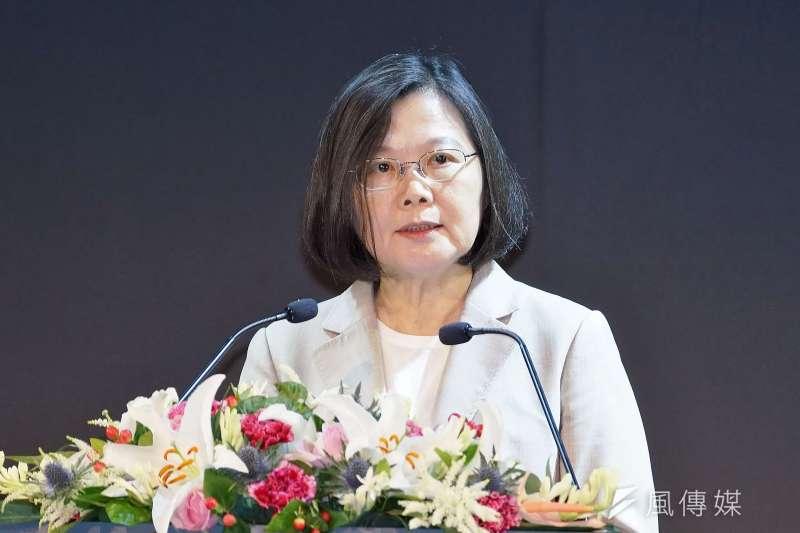 作者批評,號稱民主自由的臺灣民進黨政府,卻要求一國兩制與民主對話,不能說,也不能討論,製造「紅色恐懼」搞起鎖國,是戕害言論自由的行為。(資料照,盧逸峰攝)