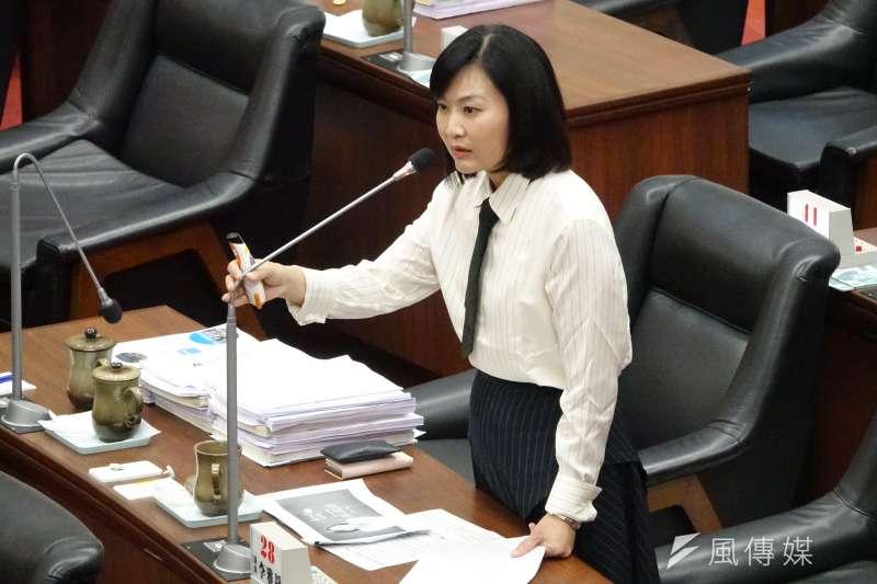 針對高雄市長韓國瑜座車疑遭裝追蹤器一事,高雄市議員陳麗娜(見圖)堅持「追蹤器照片有被拍下來」,是市府人員告訴她的,但也坦言自己並沒看過。(資料照,徐炳文攝)