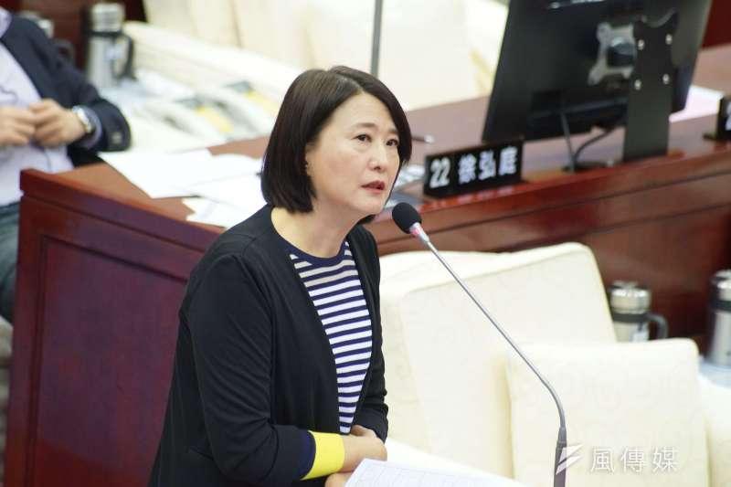 國民黨台北市議員王鴻薇(見圖)18日針對台北市政府民調爭議,要求台北市長柯文哲拿出證據來。(資料照,盧逸峰攝)