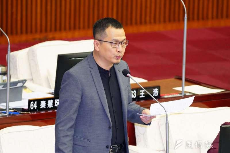 台北市議員羅智強呼籲國民黨內部應停止互打分裂。(資料照,盧逸峰攝)