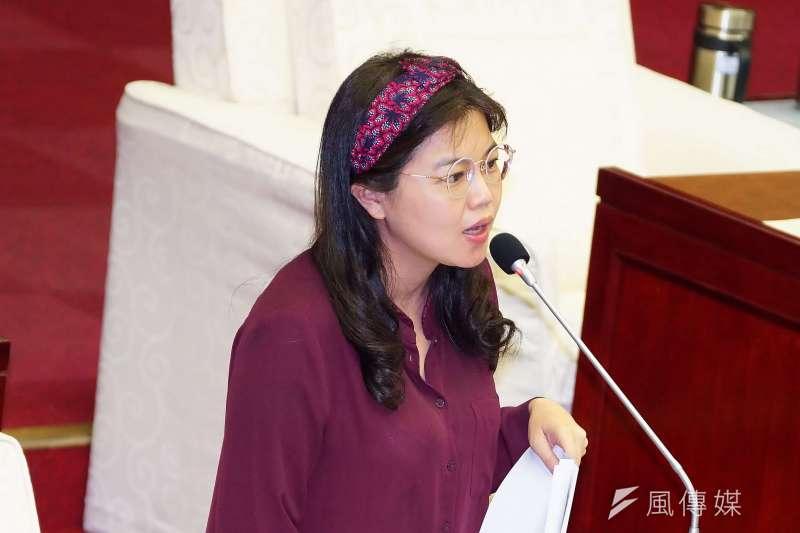 針對中正一分局禁止民眾在高雄市長韓國瑜的誓師大會上「明火通煮」,台北市議員游淑慧(見圖)在臉書發布2張照片打臉,呼籲中正一分局不應兩套標準。(資料照,盧逸峰攝)