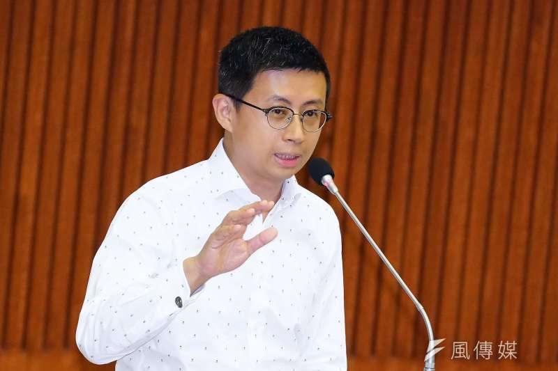 20190530-台北市議會市政總質詢,議員邱威傑出席。(盧逸峰攝)
