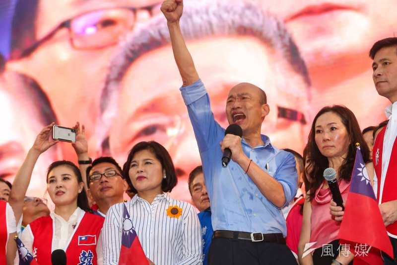 高雄市長韓國瑜六一凱道造勢,雲林張家出力甚深,站在韓國瑜左側的是雲林縣長張麗善。(顏麟宇攝)