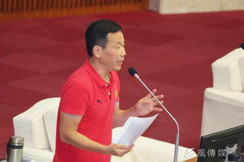 20190604-台北市議會市政總質詢,議員鍾小平發言。(盧逸峰攝)