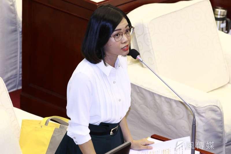 時代力量台北市議員黃郁芬。(蔡親傑攝)