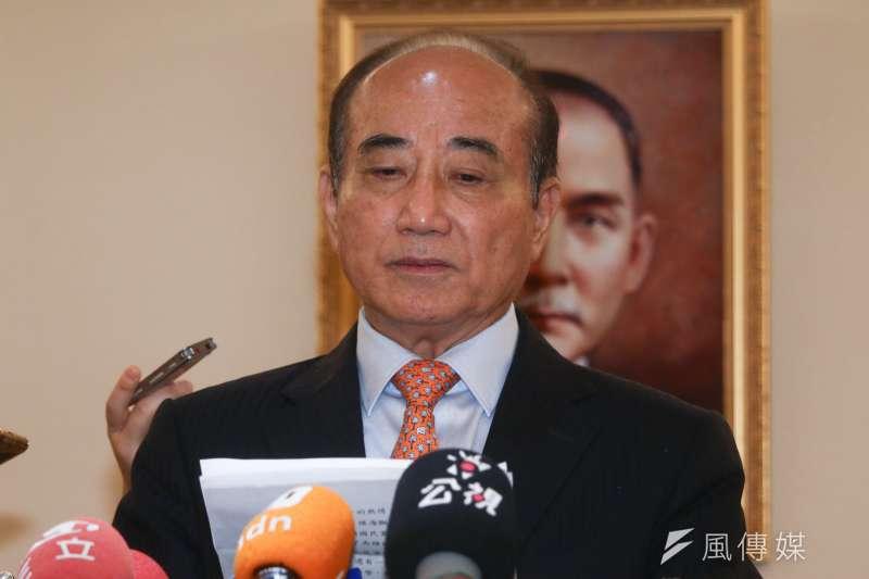 國民黨五人小組6日拜訪前立法院長王金平,王金平並於會後發表談話,聲明退出國民黨初選。(蔡親傑攝)