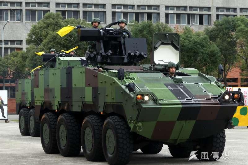 憲兵裝甲步兵239營(裝憲營)目前的雲豹40榴彈槍車,是機動打擊的重要武器,該營也是台北市區內唯一裝甲部隊。(資料照,蘇仲泓攝)