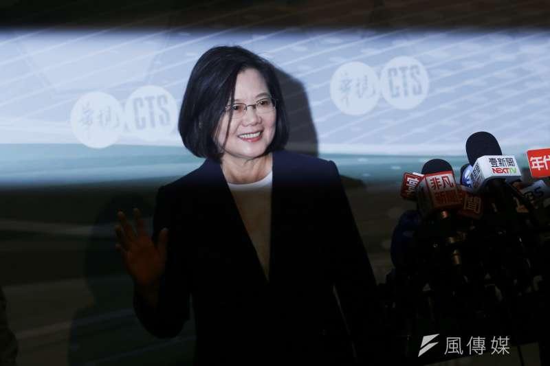 總統蔡英文宣稱台商回流以及外商加碼投資台灣是她的政績。(簡必丞攝)