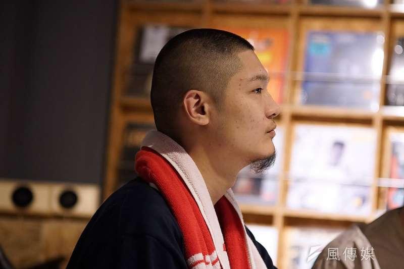 歌手Leo王本名王之佑,從樂團主唱到饒舌歌手,今年更入圍金曲獎最佳國語男歌手、最佳國語專輯2項大獎。(盧逸峰攝)