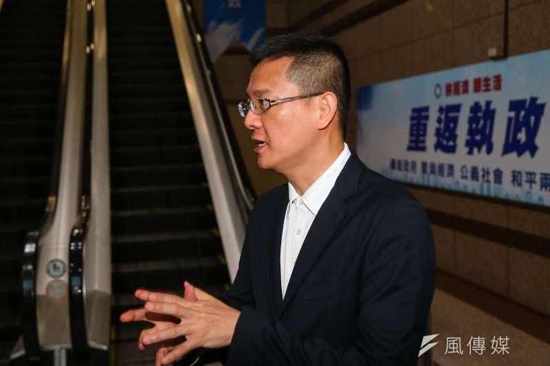 國民黨前立委孫大千批評,政府現在為了要「推動階段性的台獨」,不惜犧牲台灣人民的健康安全。(資料照,顏麟宇攝)