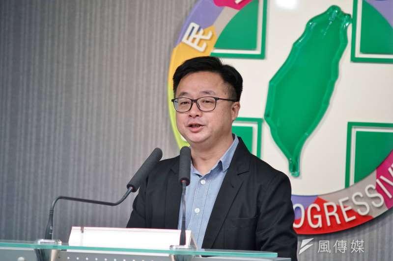 20190613-民進黨秘書ˋ長羅文嘉出席民調結果記者會。(盧逸峰攝)