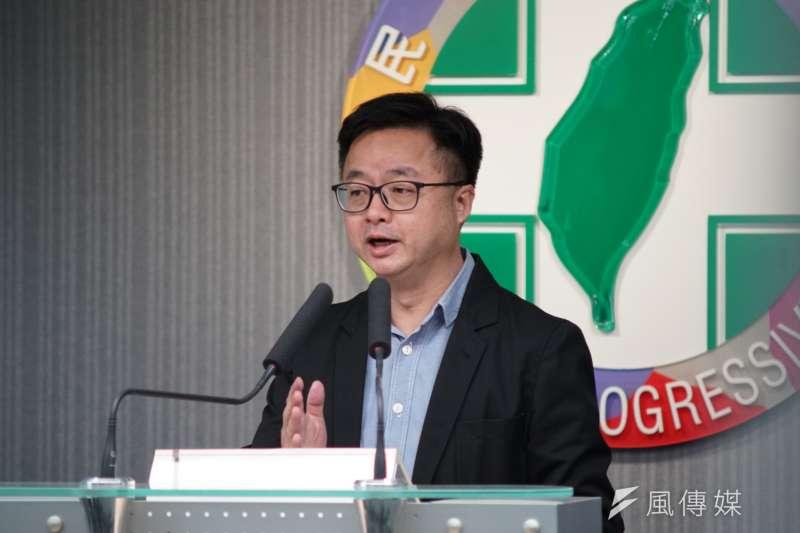20190613-民進黨初選民調結果記者會,秘書長羅文嘉出面說明。(盧逸峰攝)