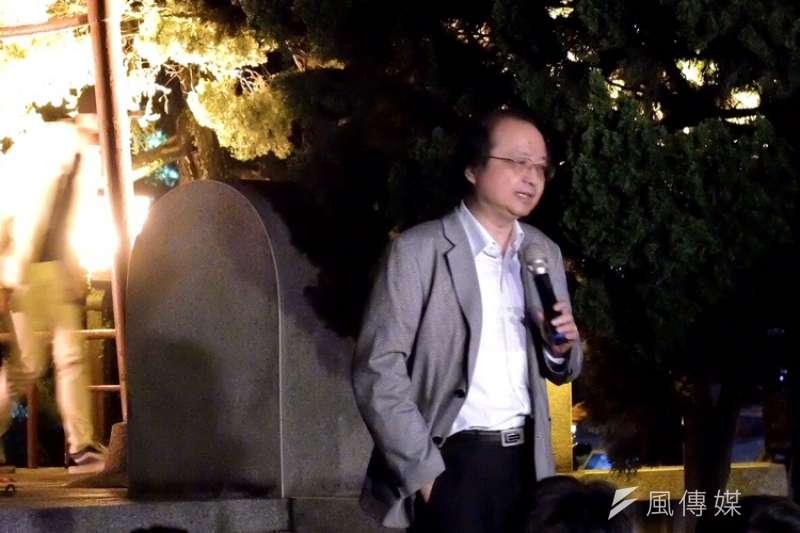 20190614-台大反送中之夜,台大歷史系教授陳弱水。(謝孟穎攝)