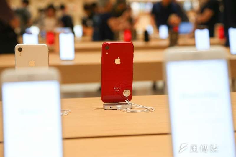 蘋果手機展示(圖 / 顏麟宇攝)