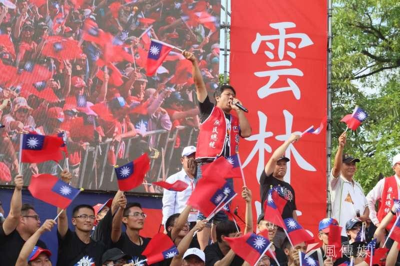 作者指出,「反送中」大遊行可謂是近來的公共議題焦點,同時藍營總統初選參選人的韓國瑜也在雲林大造勢,看似不搭軋的兩件事,其實有個共同點就是:雙方的年輕人都有參與動員而不再是政治冷感。不過,年輕的青年選民是「政策輸家」?還是「動員贏家」?(資料照,新新聞柯承惠攝)