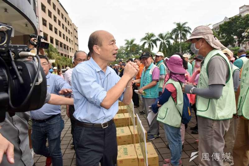 針對第二預備金使用狀況,高雄市長韓國瑜(見圖)19日表示,錢都花在刀口上;溝渠排水管淤塞狀況嚴重,不得不清。(資料照,徐炳文攝)