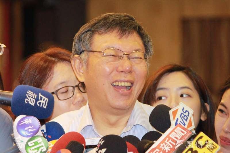 台北市長柯文哲(見圖)19日上午參加里長座談會,會中談及兩岸議題。(方炳超攝)