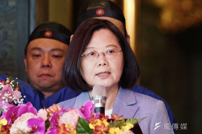 根據台灣民意基金會最新調查,總統蔡英文(見圖)的聲望本月已提升到47.7%的支持度。(資料照,盧逸峰攝)