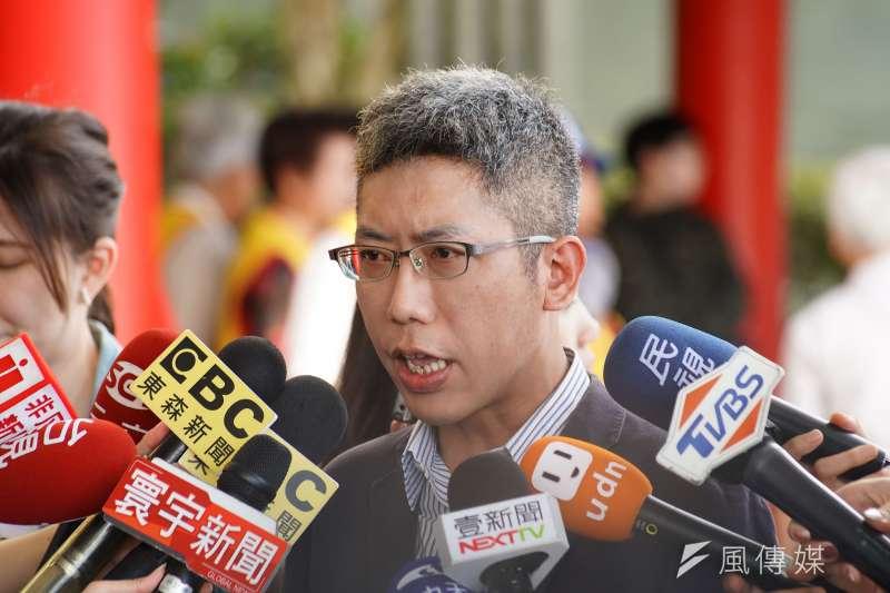 20190620-總統府副發言人丁允恭受訪。(盧逸峰攝)