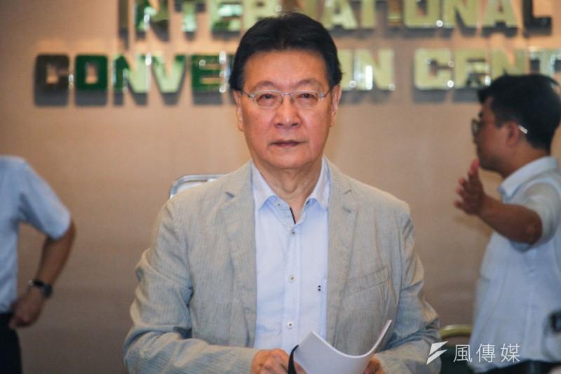 中廣董事長趙少康20日出席黨產會「中廣案」聽證會,並於會前說明立場。(蔡親傑攝)