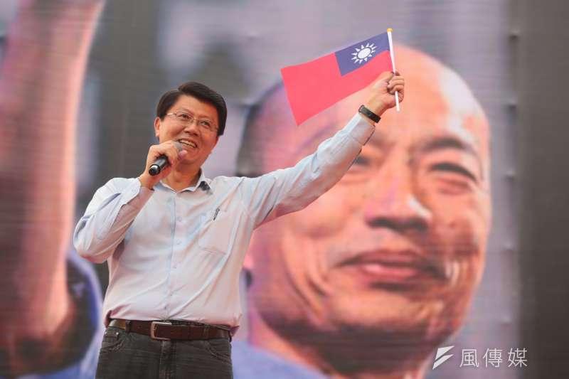 台南市議員謝龍介(左)指綠營企圖灌票,凸顯總統蔡英文面對2020大選,心已經慌了。(資料照,顏麟宇攝)