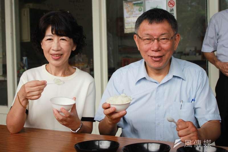 台北市長柯文哲夫人陳佩琪(左)15日在臉書發出2千7百字超長文評論時事,並以自身受記者訪問的經驗,暗諷最近被民進黨提名為不分區立委的政論節目主持人林楚茵。(資料照,方炳超攝)