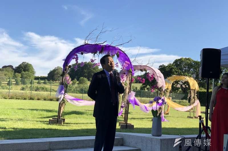台灣駐WTO代表團於25日第三度舉辦蘭花展,繼續推展「蘭花外交」。圖為駐WTO大使朱敬一。(讀者提供)