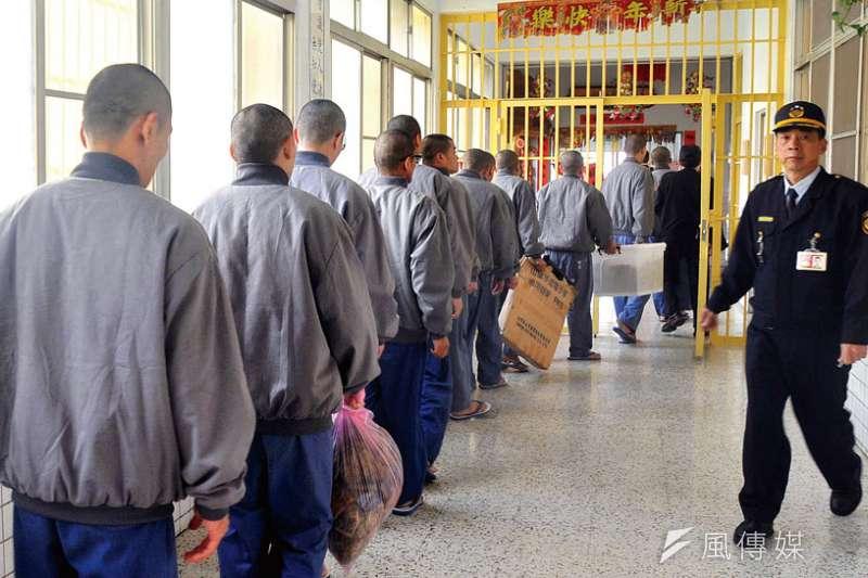 當社會防護網失去功能,監獄成為邊緣人最安全的地方——至少有一口飯可以吃。(林瑞慶攝)